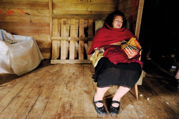 Every moment of the Spanish visit was organised with precision by their Maori cousins. Maria Viseur seized the opportunity for a siesta in the woolshed at Tapuaehikitia station, Tikitiki.