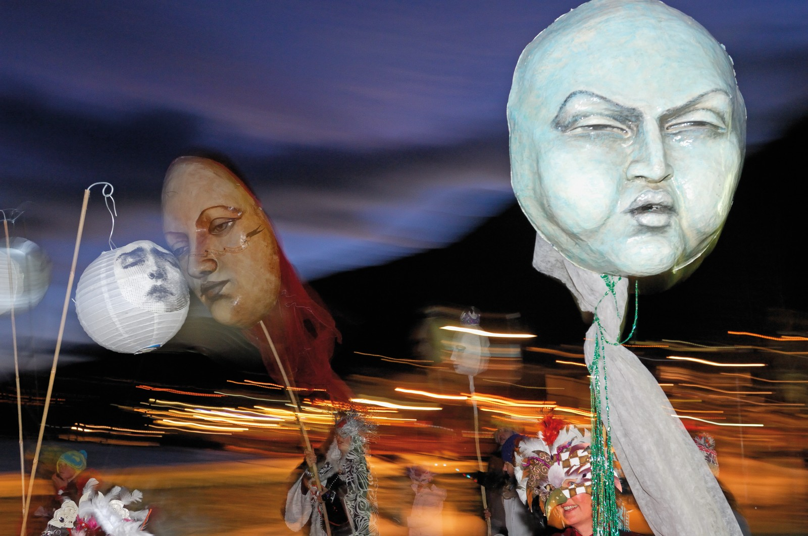 The Winter Festival culminates in a Rio-style Mardi Gras and ball, with enormous masks made by artists Donna Demente and Jeff Mitchell. It's symbolic not just of the carnival atmosphere pervading the town during this event, but also a resurgence in the arts and architectural identity of Queenstown.