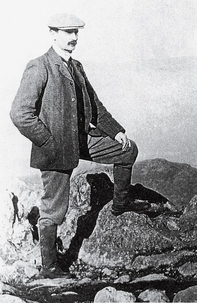 In love with the Port Hills since boyhood, when he used to venture up their slopes on horseback, Henry George Ell—public-spirited, indefatigable, a conservationist ahead of his time—gave 30 years of his life to the self-appointed task of laying a scenic road through them.