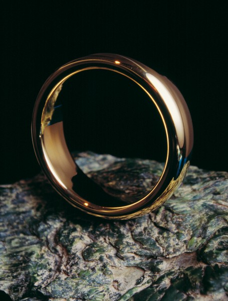 "The lustre of gold is mesmerising—especially when it's a glittering 20 cm ring made by Nelson jeweller Jens Hansen for the Lord of the Rings trilogy of movies. But the beauty is only skin deep. The larger versions of ""the ring"" were made in steel and just plated with gold to reduce costs."