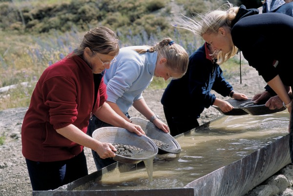 Gold hunting—or at least panning—is now a popular tourist attraction, such as here in the old gold-mining area of the Kawarau Gorge.