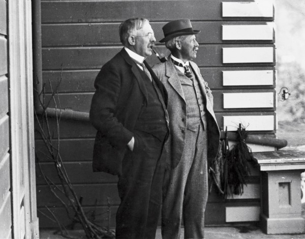 Rutherford is pictured with Thomas Easterfield, a Cambridge academic who became professor of chemistry at Victoria University and later the first director of Nelson's Cawthron Institute.