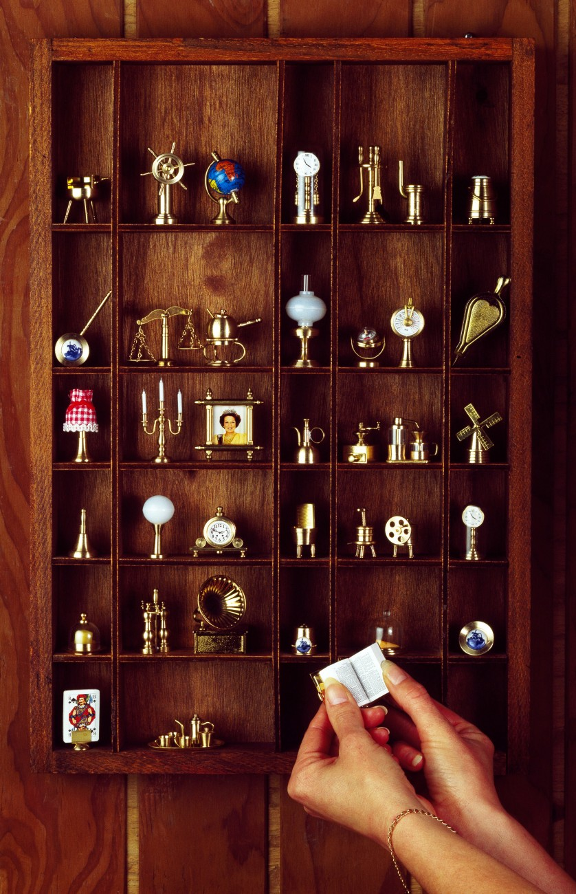 A love of small things is part of the Dutch identity, and a printers box with miniatures is almost universal in Dutch homes. A more sizeable statement of Dutch identity is made by Martin van Doorn in his home in Howick.