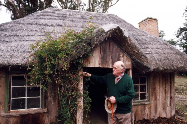 "David Studholme's grandfather built ""The Cuddy"" in 1854, soon after seWing in Waimate, Canterbury. The cottage, built of wattle and daub construction with timber cladding and a thatched roof, has been maintained by the family every since. David, 80, has taken a special interest, and is now the country's leading exponent on the restoration of earth buildings of all types."