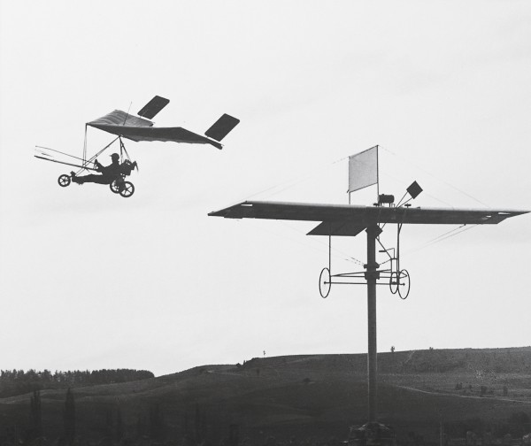 With an ease that would have made his great-uncle envious, Evan Gardiner whirrs past the Pearse monument at Waitohi in an early microlight remarkably similar to his pioneering forebear's first flying machine. Aviation history largely followed Pearse's blueprint, but for long years forgot his name.