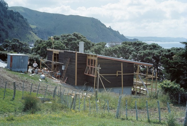 Auckland University's Leigh marine laboratory was a brainchild of John Morton. He chose the site and is seen in November 1962 as the roof was close in on the main building.